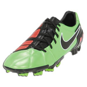 NIKE - Total 90 Strike III FG